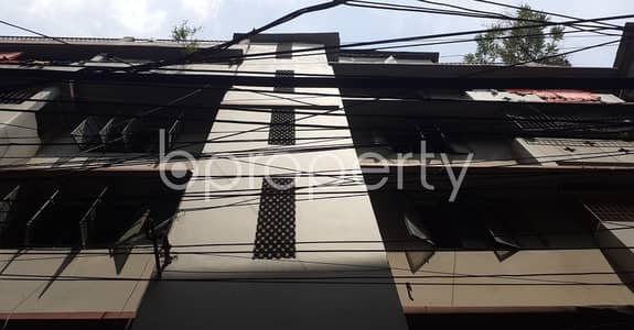 3 Bedroom Flat for Rent in Mugdapara, Dhaka - Take rent of a nicely done 700 SQ FT residential apartment located at Mugdapara