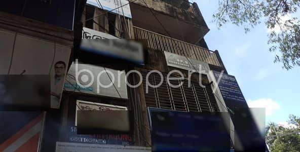 ভাড়ার জন্য এর অফিস - জামাল খান, চিটাগাং - A 900 Square Feet Commercial Office For Rent At Lichu Bagan, Jamal Khan.