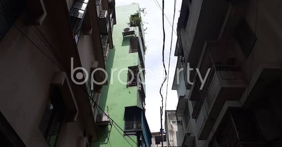 3 Bedroom Flat for Sale in New Market, Dhaka - A Nice Apartment Of 900 Sq Ft Is Ready To Sale At Elephant Road, New Market.