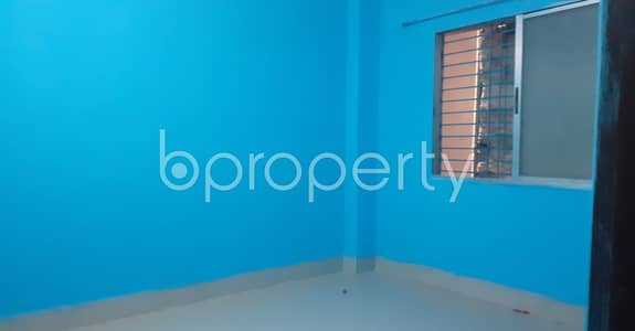 ভাড়ার জন্য BAYUT_ONLYএর অ্যাপার্টমেন্ট - বংশাল, ঢাকা - This 500 Sq Ft Flat In Mokim Bazar Road, Bangshal With A Convenient Price Is Up For Rent