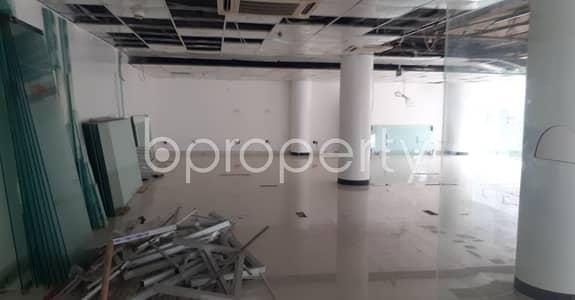 ভাড়ার জন্য এর ফ্লোর - গুলশান, ঢাকা - Obtain A Great Space In The Busiest Location Of Gulshan 1 As A 2459 Sq Ft Open Floor Is Ready And Vacant For Rent.