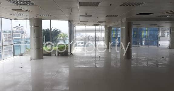 ভাড়ার জন্য এর ফ্লোর - গুলশান, ঢাকা - Masterful And Very Ample Commercial Space Of 5600 Sq Ft Is Vacant For Rent In Gulshan 1
