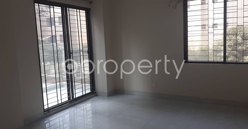 An Apartment Up For Sale Is Located At Bashundhara R-a, Near To Independent University, Bangladesh