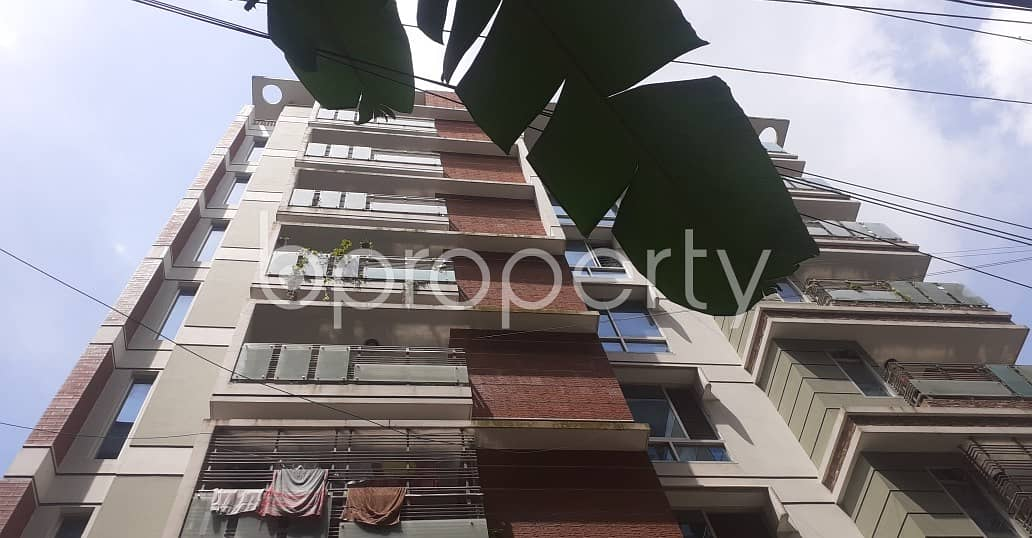 Be the dweller of this 1400 SQ FT residential home vacant for rent at Khulshi