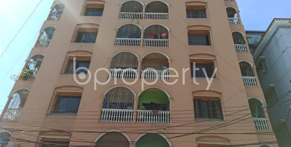 2 Bedroom Flat for Rent in 30 No. East Madarbari Ward, Chattogram - Offering you 1000 SQ FT well-constructed flat to Rent in 30 No. East Madarbari Ward