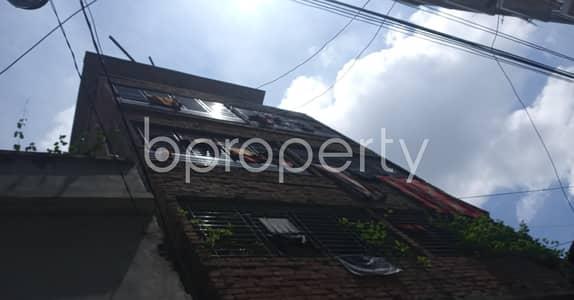 ভাড়ার জন্য BAYUT_ONLYএর ফ্ল্যাট - বাড্ডা, ঢাকা - A Decent 500 Sq Ft Residential Apartment Is Up For Rent In The Center Of Boat Ghat Road, Badda