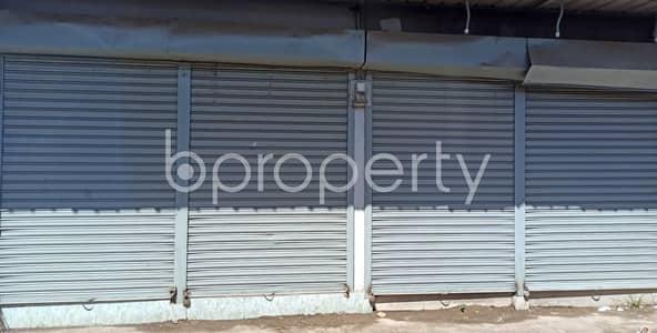 ভাড়ার জন্য এর দোকান - ৩০ নং ইস্ট মাদারবাড়ি ওয়ার্ড, চিটাগাং - 200 Square Feet Commercial Shop For Rent At Ice Factory Road