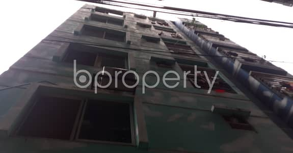 2 Bedroom Apartment for Rent in 33 No. Firingee Bazaar Ward, Chattogram - This Residential Apartment Of 900 Sq Ft Is Available For Rent In 33 No. Firingee Bazaar Ward