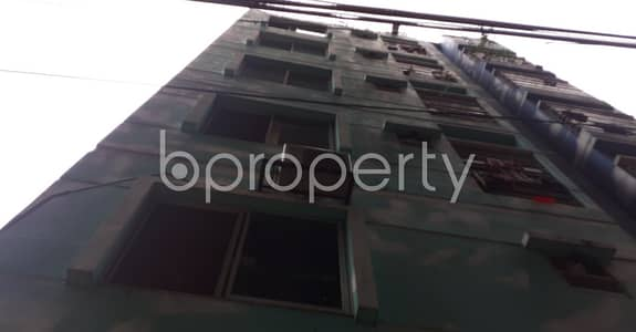 2 Bedroom Apartment for Rent in 33 No. Firingee Bazaar Ward, Chattogram - Affordable And Wonderful 900 Sq Ft Flat Is Up For Rent In 33 No. Firingee Bazaar Ward