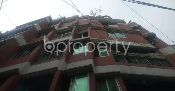 2 Bedroom Flat for Rent in 15 No. Bagmoniram Ward, Chattogram - Built with modern amenities, check this flat for rent which is 600 SQ FT in 15 No. Bagmoniram Ward