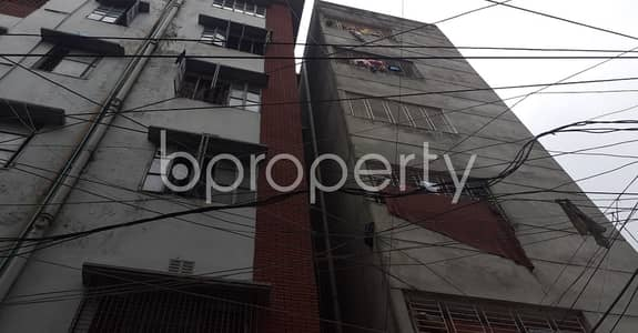 3 Bedroom Apartment for Rent in Malibagh, Dhaka - Take rent of a nicely done 1200 SQ FT residential apartment located at Malibagh