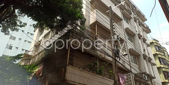 2 Bedroom Apartment for Rent in 22 No. Enayet Bazaar Ward, Chattogram - A Comfortable And Convenient 900 Sq. Ft House Is Ready For Rent Close To Love Lane Tablig Masjid Complex