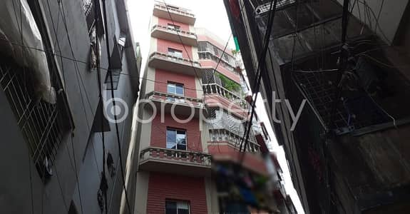 2 Bedroom Apartment for Rent in Kathalbagan, Dhaka - In An Urban Location This 570 Sq. Ft Home Is Vacant For Rent Next To Kathalbagan Baitun Noor Jame Masjid.