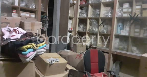 Office for Rent in Bangshal, Dhaka - Use This 2000 Sq Ft Rental Property As Your Office Located At Bangshal