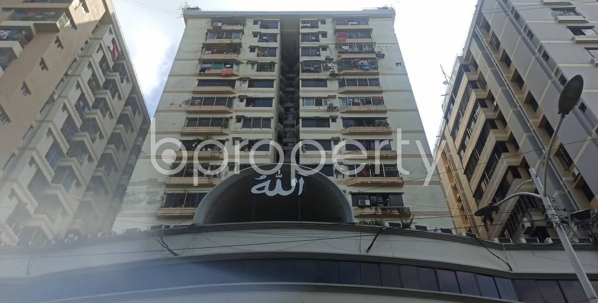 For rental purpose 1600 Square feet well-constructed apartment is available in Kazir Dewri