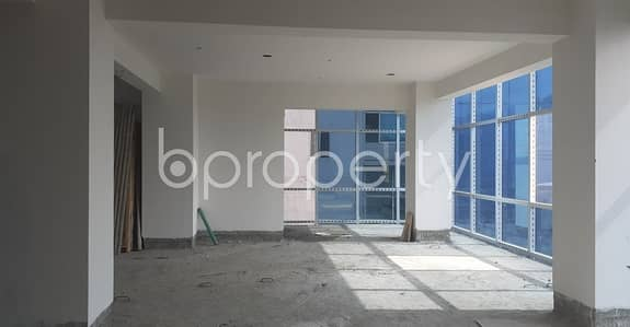 In Motijheel Near Purana Paltan Line Jame Masjid, This Office Space Up For Sale.