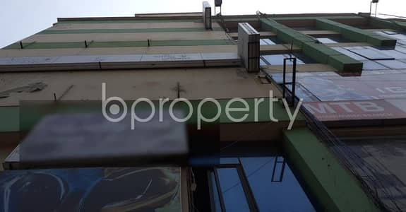 Office for Rent in Dhanmondi, Dhaka - This Commercial Area Of 2200 Sq Ft Provides You A Vision For Your Company's Dynamic Economic Growth  title r Rent