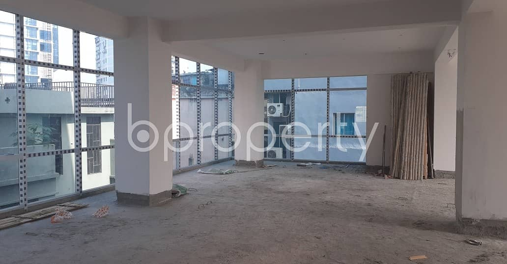 An Office Space Is Up For Sale Which Is Located In Motijheel, Nearby Purana Paltan Line Jame Masjid