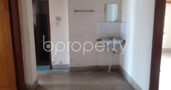 3 Bedroom Apartment for Rent in Kafrul, Dhaka - A Convenient And Well-constructed 950 Sq. ft -3 Bedroom Flat Is For Rent Very Close To North Kafrul Central Jama Masjid