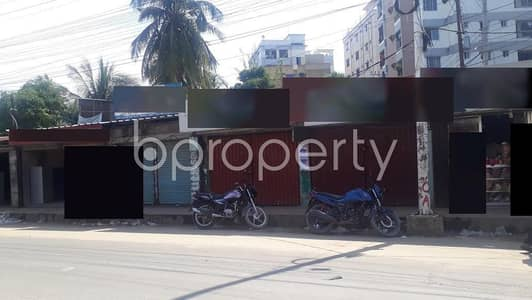 Shop for Sale in Halishahar, Chattogram - This Nice Shop Space Of 200 Sq Ft Is Located In Halishahar Road Up For Sale