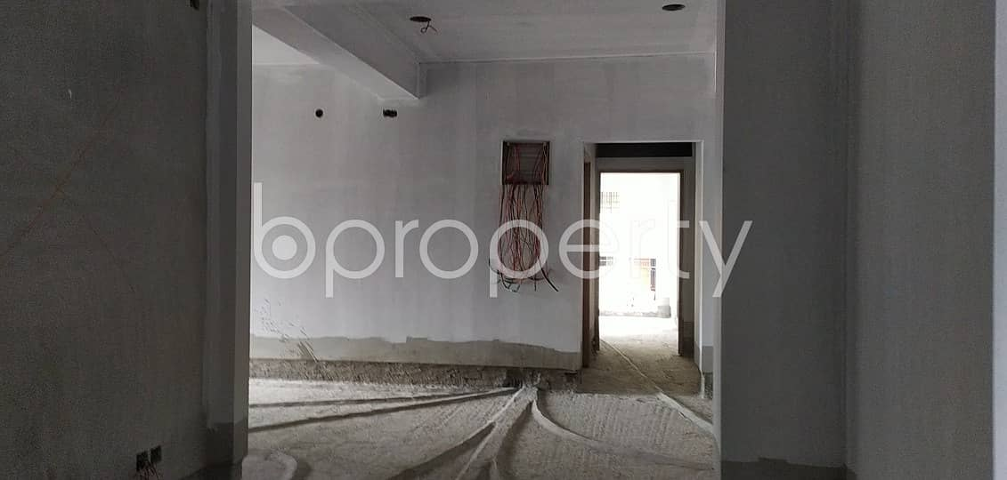 1335 SQ FT flat is now Vacant for sale in Vatara