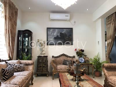 A 2214 Sq. Ft Apartment Is Up For Sale At Bashundhara R-a Near Sunflower School And College