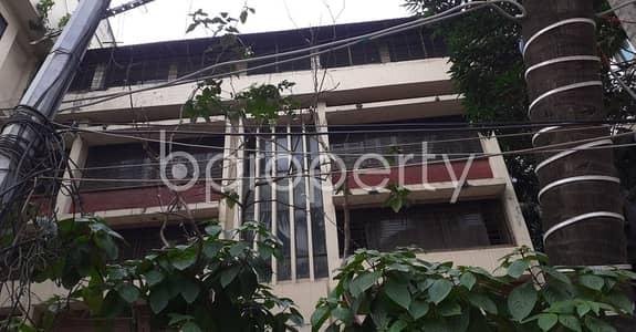 ভাড়ার জন্য এর অফিস - ধানমন্ডি, ঢাকা - This 2000 Sq Ft Valuable Commercial Property Is For Rent In Dhanmondi-16