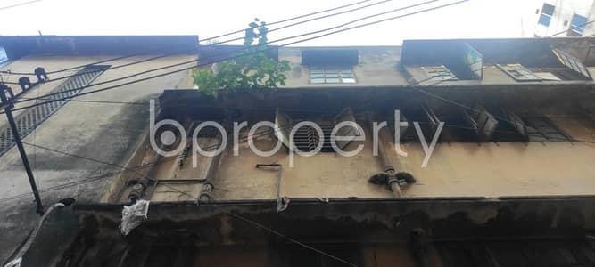 Warehouse for Rent in Shiddheswari, Dhaka - 550 Square Feet Warehouse Is Up For Rent At Shiddheswari