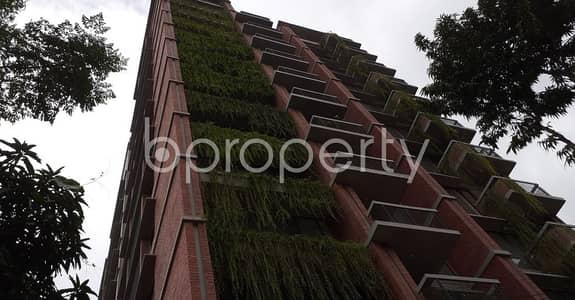 ভাড়ার জন্য BAYUT_ONLYএর অ্যাপার্টমেন্ট - ধানমন্ডি, ঢাকা - Built With Modern Amenities, Check This 3750 Sq. Ft Spacious Flat For Rent In The Location Of Dhanmondi Next To Eastern Bank Limited .
