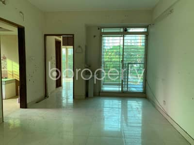 2 Bedroom Flat for Rent in Bashundhara R-A, Dhaka - Empty Room