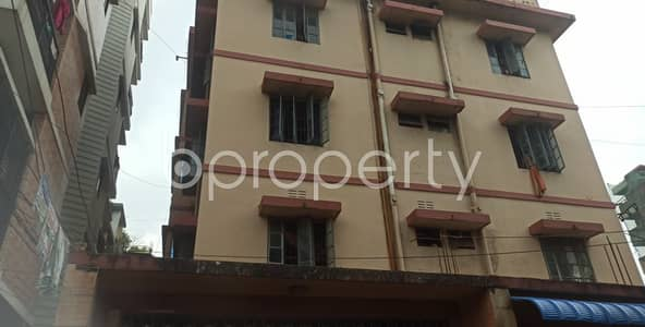 2 Bedroom Flat for Rent in 29 No. West Madarbari Ward, Chattogram - Lovely Apartment Covering An Area Of 900 Sq Ft Is Up For Rent In 29 No. West Madarbari Ward