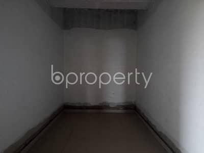 Office for Sale in Sholokbahar, Chattogram - Deal With Your Business In A 150 Sq. ft Office With A Convenient For Sale In Bahaddarhat Area Near To Bahaddarhat Jame Masjid.