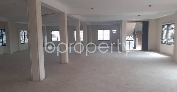 Floor for Rent in 30 No. East Madarbari Ward, Chattogram - Use This 3300 Sq Ft Rental Property as Your Office, Located At Madarbari nearby One Bank ATM