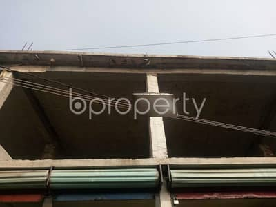 In Kuril Nearby Kuratoli Bazar A Shop Is Ready And Vacant For Rent.
