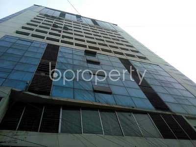 In Shegunbagicha Near Trust Bank Limited, This Office Space Is Up For Rent.