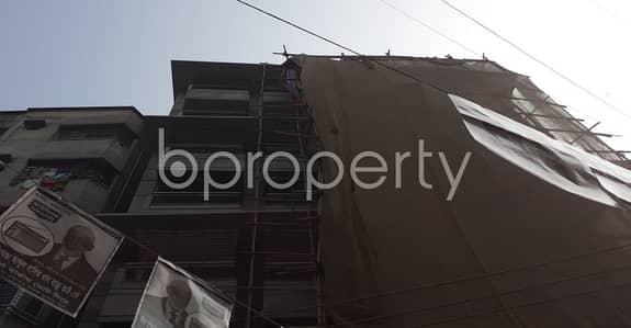 বিক্রয়ের জন্য BAYUT_ONLYএর ফ্ল্যাট - মানিকনগর, ঢাকা - This Ready Apartment At Maniknagar , Near Madina Monawarah Jame Masjid & Johiruddin Ahmad Islamia Madrasa Is Up For Sale.