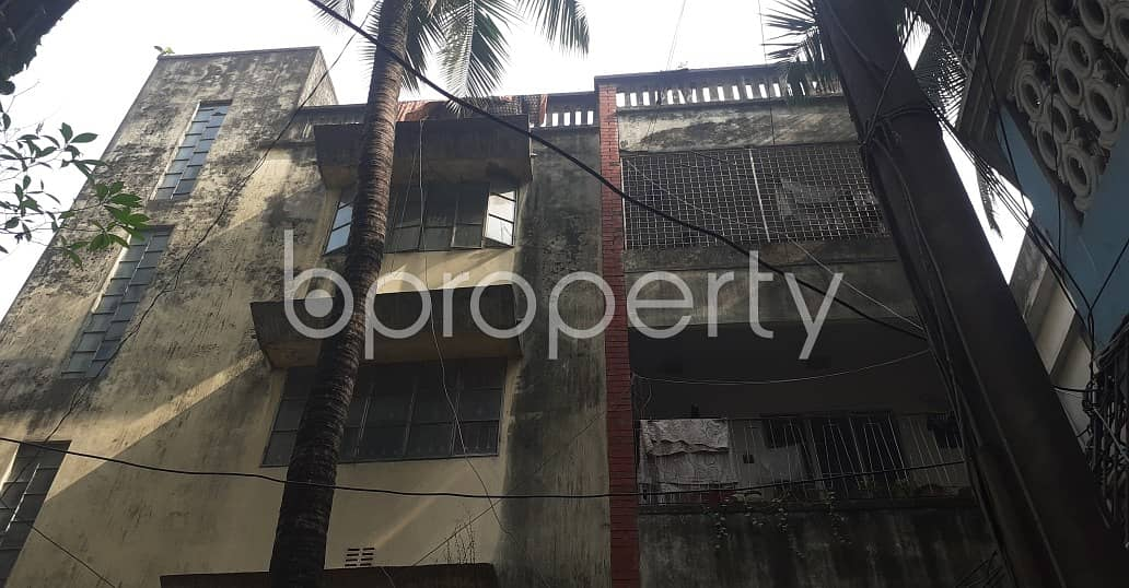 Flat For Rent At Dhanmondi Near Zigatola Gabtola Masjid