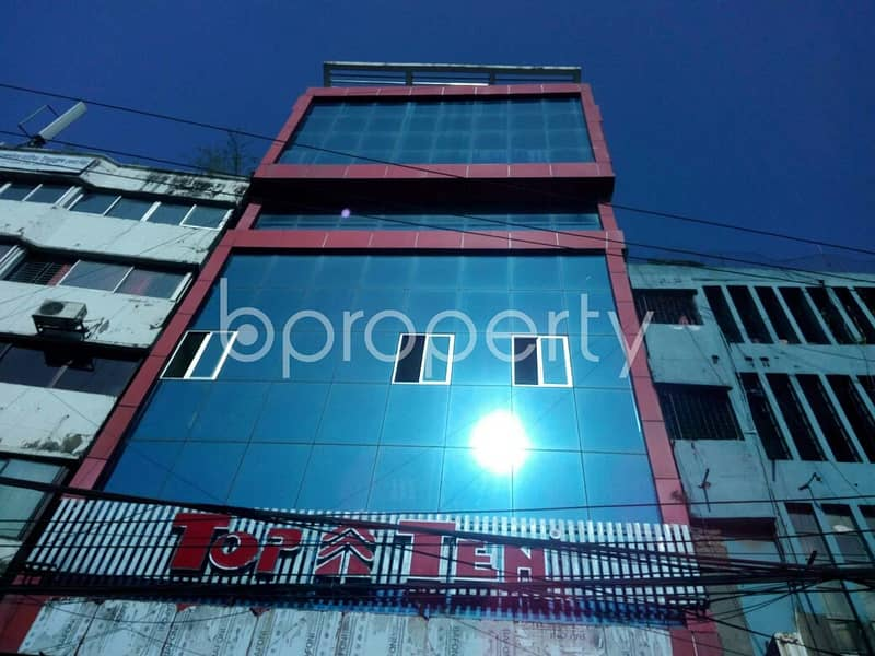 Near Dampara A Suitable Commercial Office For Rent In Lal Khan Bazaar Is Vacant