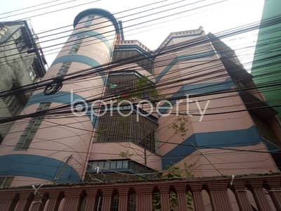 Nice 950 SQ FT flat is available to Rent in Maghbazar close to Rushmono Specialized Hospital