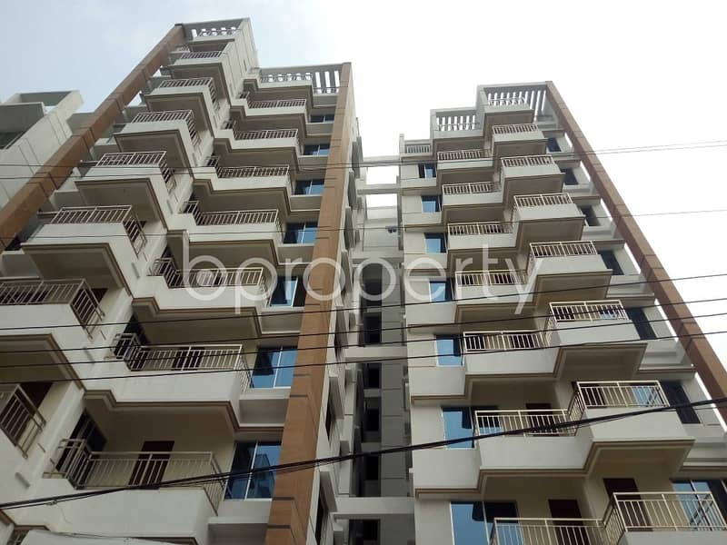 Plan to move in this 2240 SQ FT flat which is up for sale in Bashundhara R-A near to Apollo Hospitals
