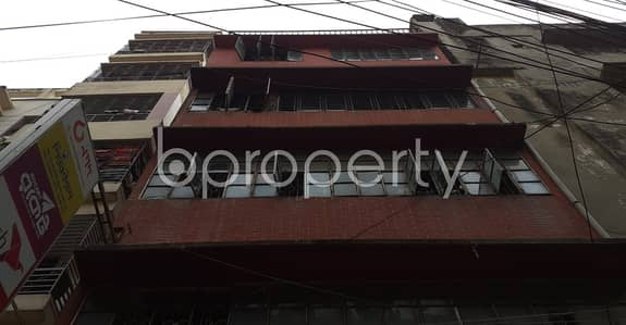 At New Market, Flat For Rent Close To Dhaka College