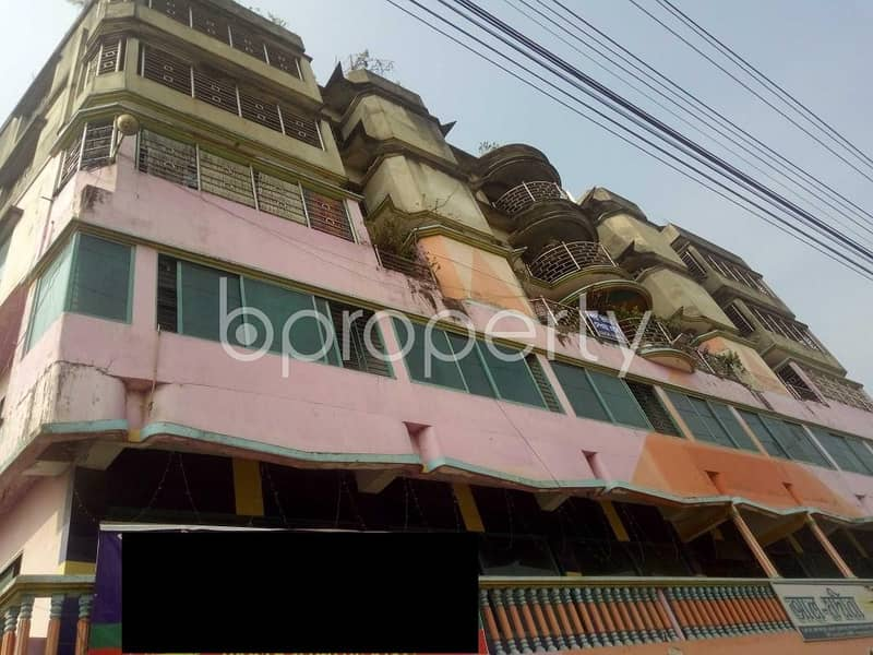 A business space is up for Rent in the location of Bakalia near Chawk Bazar