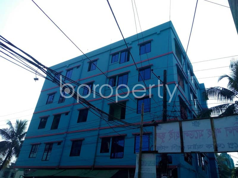 Grab This Flat Up For Rent In Panchlaish Ward Near Govt. Ashekane Awlia Degree College