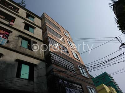 A Decent 1000 SQ FT flat which is near to Halisahar Cantonment Public School & College is now to Rent in Halishahar