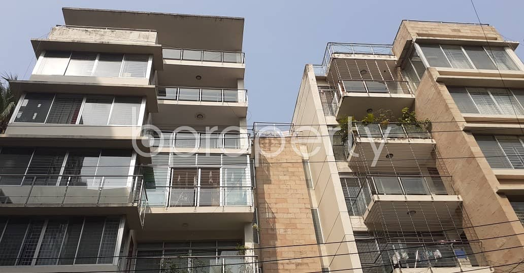 Reside Conveniently In This Well Constructed Flat For Rent In Gulshan 2, Near Singapore School