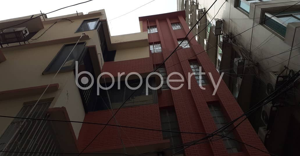 A Commercial Office Is Ready For Rent At Kalabagan , Near Samorita Hospital.