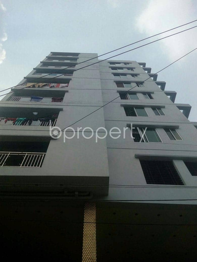 1400 Sq Ft Remarkable Flat Is Up For Sale In Ashkona Nearby Hajj Camp Masjid.