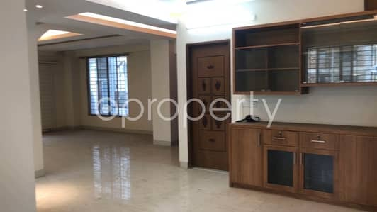 Wonderful Flat For Sale In Bashundhara R-a Near North South University