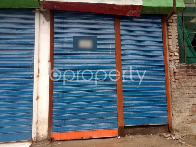A Shop Is Up For Rent In Shahjadpur Near Bhola Jame Masjid.