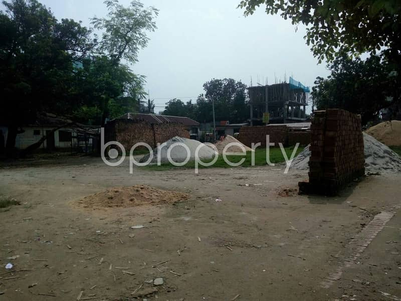 A Commercial Plot Is Available For Sale In Atipara Nearby Atipara Jame Masjid.
